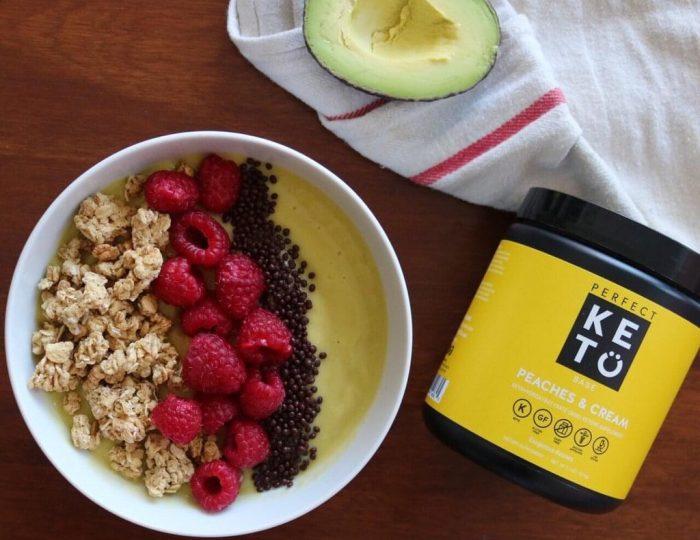 perfect-keto-oatmeal-breakfast