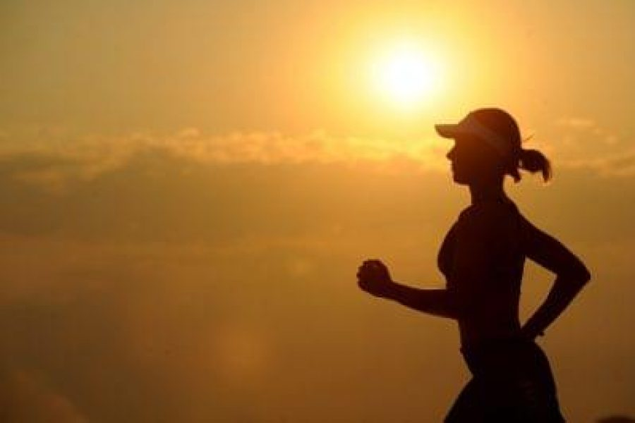 running-runner-long-distance-fitness-to-Get-Into-Ketosis